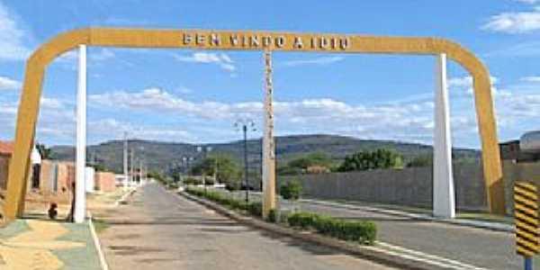 Iuiu-BA-Pórtico de entrada da cidade-Foto:yousearch.co
