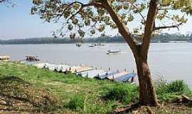 Guajará Mirim - Guajará Mirim-RO-Porto no Rio Mamoré-Foto:Julio de Ramos