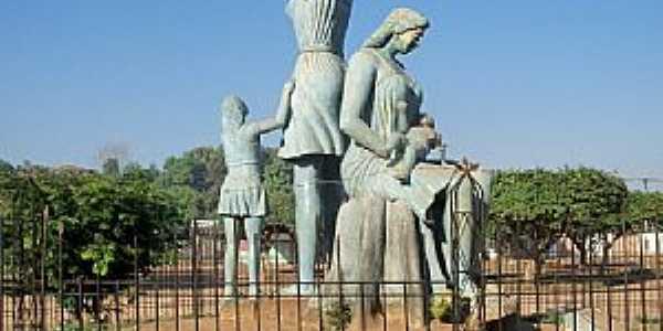 Guajar� Mirim-RO-Monumento �s M�es-Foto:Julio de Ramos