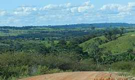 Parecis - Parecis-RO-Estrada e vista da região-Foto:Ademir de Matos