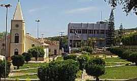 Jacaraci - Jacaraci-BA-Praça e Matriz-Foto:www.tcm.ba.gov.br