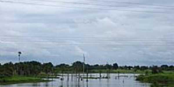 Lagoa em Presidente Médici-RO-Foto:Antonio Cesar Alves …