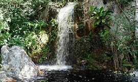 Jacobina - Jacobina-BA-Cachoeira do Povoado Cocho de Dentro-Foto:Jarryer JP