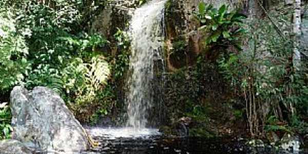 Jacobina-BA-Cachoeira do Povoado Cocho de Dentro-Foto:Jarryer JP