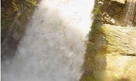 Vilhena - Vilhena-RO-Cachoeira do Rio Escondido-Foto:mochileiro.tur.br