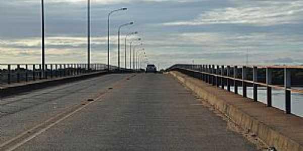 Cantá-RR-Ponte sobre o Rio Branco-Foto:Roberto Carlos Caleffi
