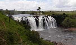 Uiramutá - Uiramutã-RR-Cachoeira da Andorinha-Foto:tribosderoraima.com.br