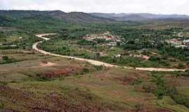 Uiramutá - Uiramutá-RR-Rio Mau e a cidade-Foto:Tiago Orihuela
