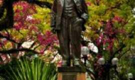 Alegrete - Estátua Getúlio Vargas, Por Viviane Ninov