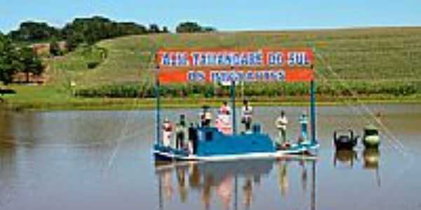 Homenagem aos imigrantes em Almirante Tamandaré do Sul-Foto:hjobrasil