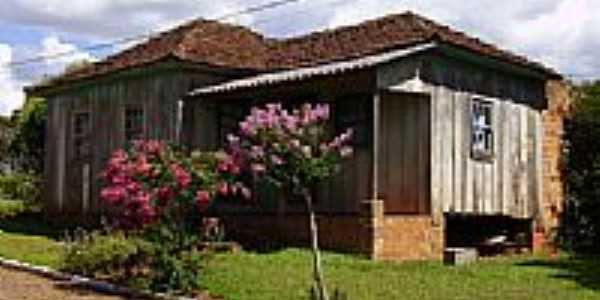Casa antiga-Foto:Claudemir Vanceta