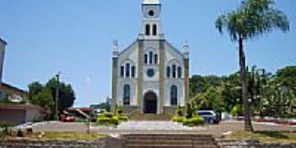 Praça e Igreja Matriz de Aratiba-RS-Foto:Auri Brandão