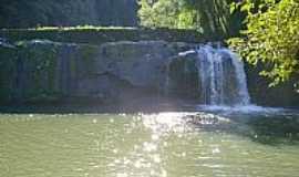 Arco Verde - Cascata do Rio Boa Vista foto rodrigo mersoni