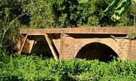 Arco Verde - ponte sobre o arroio por Rodrigo Mersoni