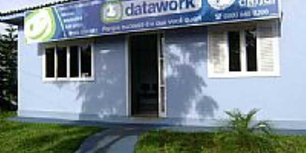 Fachada Escola Datawork-Foto:alex.roger