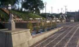 Áurea - Praça João Paulo II, Por Ivan P. de Oliveira