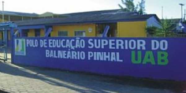 Balneário Pinhal - Por Vera Lucia Anhaia de Moura