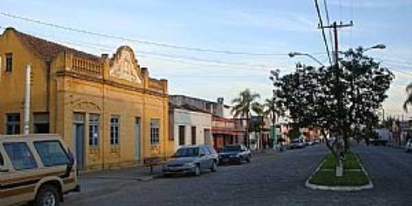 Barra do Ribeiro-RS-Pr�dio Patrim�nio Hist�rico de 1934-Foto:Henrique de BORBA