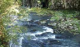 Boqueirão do Leão - Boqueirão do Leão-RS-Cachoeira do Gamelão-Foto:Josias Porciuncula Obes