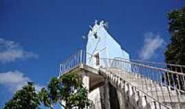 Dois Riachos - Dois Riachos-AL-Escadaria e Capela da Pedra de Padre C�cero-Foto:Luiz S�vio de Almeida