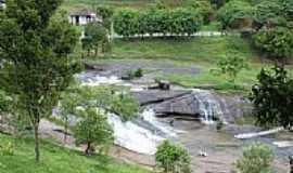 Jiquiriçá - Cachoeira dos Prazeres em Jiquiriça-BA-Foto:Marcelo S F