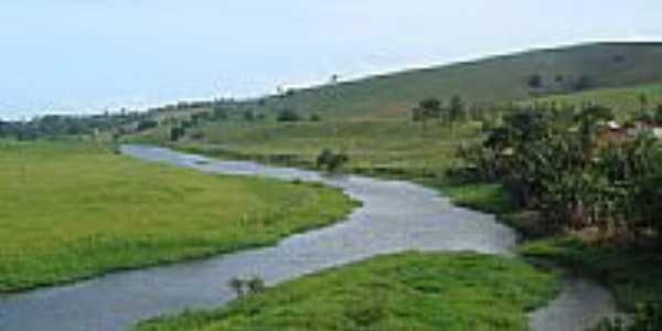 O rio na paisagem de Jiquiriça-BA-Foto:Marcelo S F