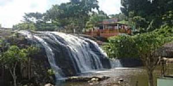 Véu da Noiva da Cachoeira dos Prazeres em Jiquiriça-BA-Foto:Marcelo S F