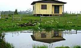 Cambará do Sul - A casa e o lago em Cambará do Sul-RS-Foto:André Bonacin