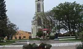 Cambará do Sul - Praça e Igreja Matriz de Cambará do Sul-RS-Foto:Marcelo S F
