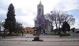 Cambará do Sul - Praça e Igreja Matriz de Cambará do Sul-RS-Foto:Renato Viana Albarra…