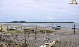 Jiribatuba - Jiribatuba-BA-Barcos na praia-Foto:www.praias-360