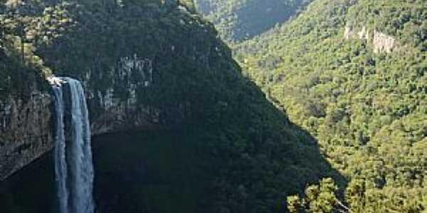 Canela-RS-Cascata do Caracol-Foto:Zelia Waltrick