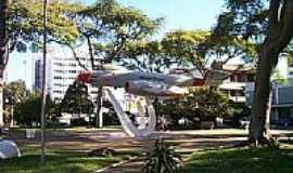 Canoas - Praça do Avião-Foto:gustavozam