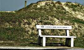 Capão da Canoa - Capão da Canoa-RS-Lugar de descanso na calçada-Foto:Susy Dienstbach