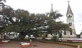 Capela de Santana - Capela de Santana-RS-Praça e Matriz de Santa Ana-Foto:Maria Teresa Casteleiro Schally