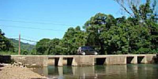 Ponte Fofonka-Foto:PCRAPAK