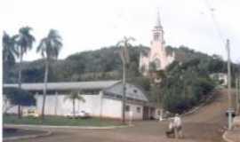 Carlos Gomes - Centro Comunitário e a majestosa Igreja de Carlos Gomes, Por Pedro Martim Kokuszka