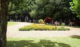Cerro Alto - Cerro Alto-RS-Park Capão de Mato-Foto:aguasantars.com.br
