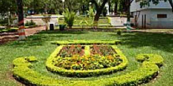 Chiapeta-RS-Brasão do Municípío feito de flores-Foto:turismo.rs.gov.br