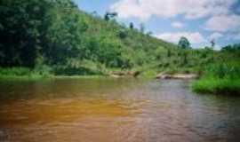 Jucuruçu - poção cachoeira da fazenda Iranalia, Por Mirian costa de souza