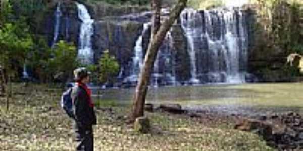 Cascata no Rio Comandaí-Foto:gilbertolemos