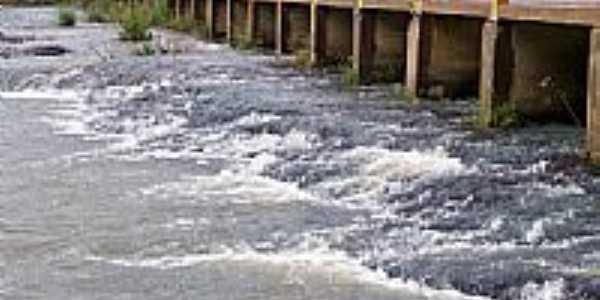 Criúva-RS-Ponte Fiorante Bertussi sobre o Rio Mulada-Foto:Roque Oliveira