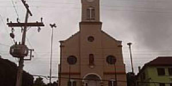 Igreja em Daltro Filho fogo por C. Salton