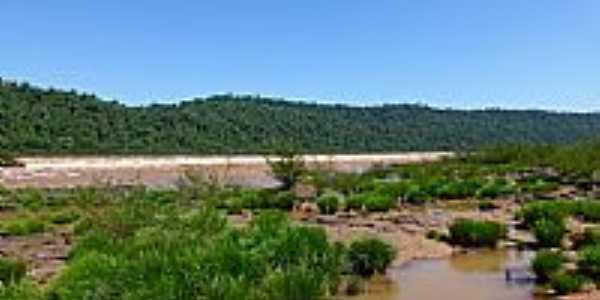 Derrubadas-RS-Vista da extensão do Salto do Yacumã no Rio Uruguai-Foto:Ubirajara Buddin Cruz