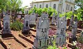Dona Otília - Primeiro Cemitério Evangélico-por Jeremias Wachholz