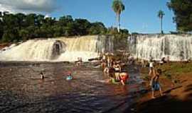 Bozano - Cascata do Rio Caxambú-Foto:ROGER190