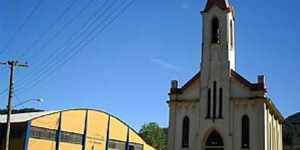 Encantado-RS-Igreja de Santa Terezinha-Foto:CanoasPhotos