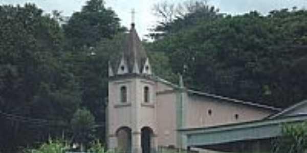 Entrepelado-RS-Igreja no centro do Distrito-Foto:Julio Sal