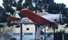 Erechim - Avião Militar anos 50-fotossul(BRA)