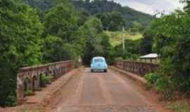 Erval Seco - Divisa do municipio com Taquaru�u do Sul, Por Dieter